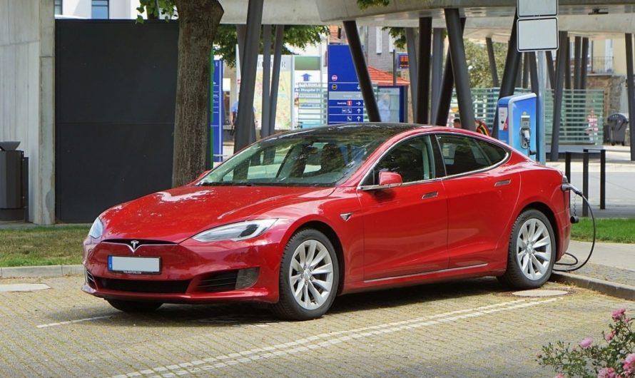 Tesla et la voiture autonome